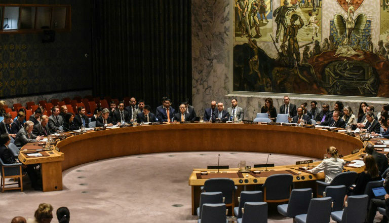 La France, en bon dhimmi du monde arabe, demande la réunion du Conseil de Sécurité suite à la reconnaissance américaine de Jérusalem capitale d'Israël