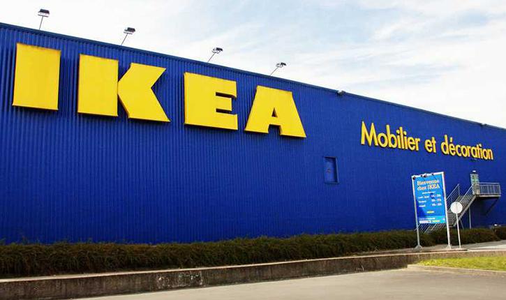Le magasin d'Ikea Evry lance une offre d'embauche avec pour illustration, une femme voilée (voir article)