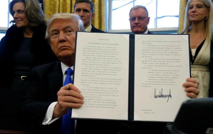 La Cour Suprême des Etats-Unis donne raison à Trump en maintenant l'interdiction d'entrée des réfugiés
