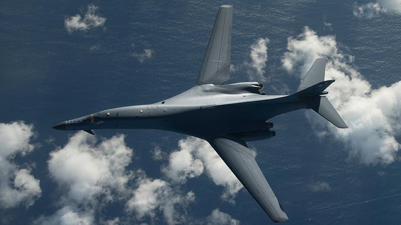 Un bombardier nucléaire américain frôle la frontière nord-coréenne