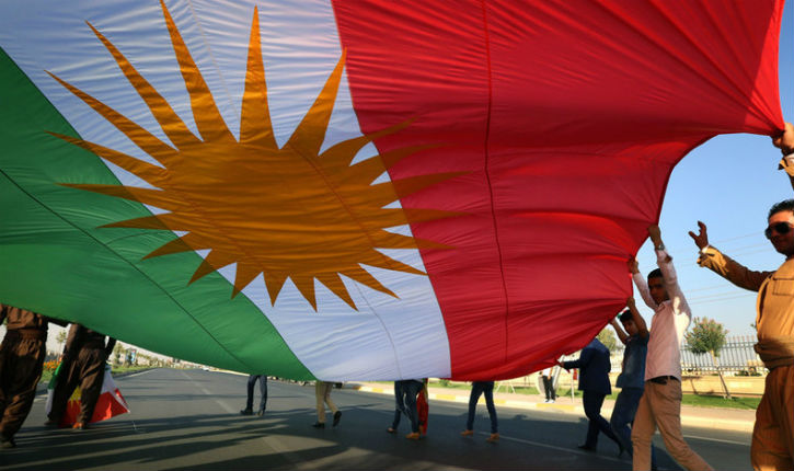 Syrie : revirement de Macron, la France au secours des Kurdes