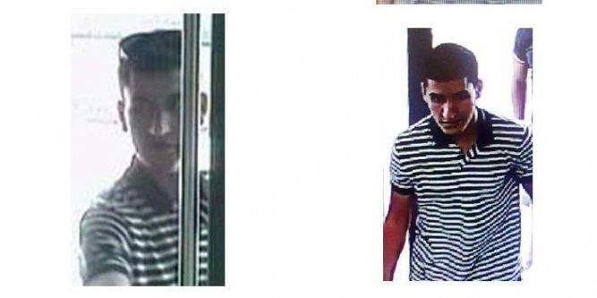 [Video] Le terroriste de Barcelone, après avoir assassiné des piétons, s'échappe tranquillement