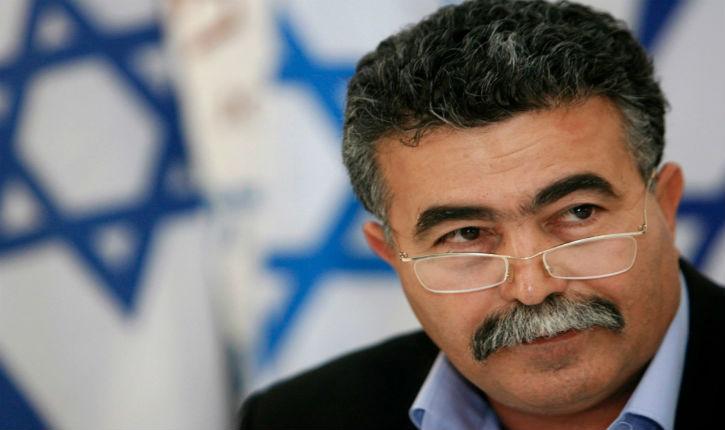 Visite d'Amir Peretz à Rabat : Les fanatiques marocains de la cause de Palestine  sont devenus plus royalistes que le roi