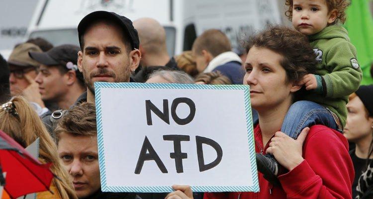 « Le danger ne vient pas de l'AfD mais des islamo-gauchistes » : un Israélien dénonce l'aveuglement des élites juives en Allemagne