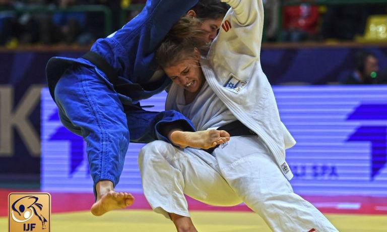Betina, la Judoka médaillée d'Or est sur le point d'être expulsée d'Israël