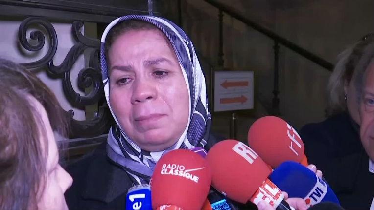 Latifa Ibn Ziaten à propos du procès Merah : « On est trop naïf en France…. On a les yeux fermés, il faut qu'on se réveille! » (Vidéo)