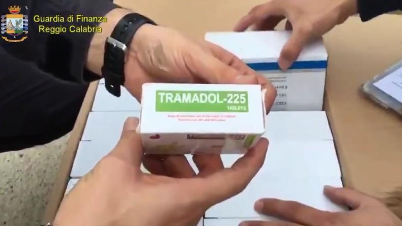 Italie : 24 millions de pilules de Tramadol destinées à Daesh saisies par la police