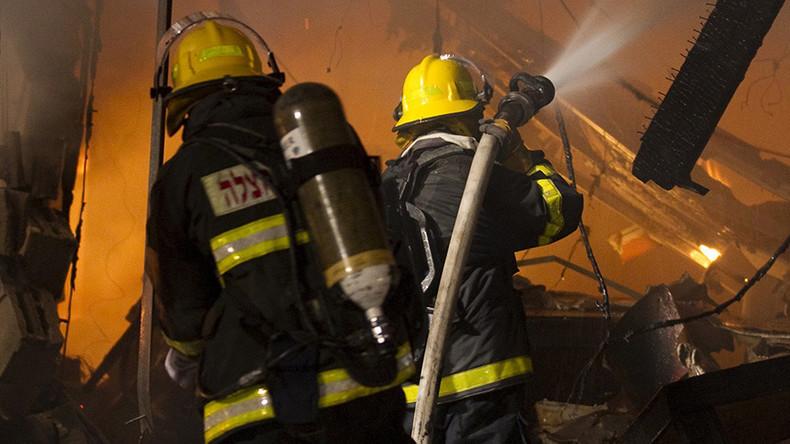 Violente explosion suivie d'un incendie dans le sud de Tel Aviv en Israël (Vidéo)