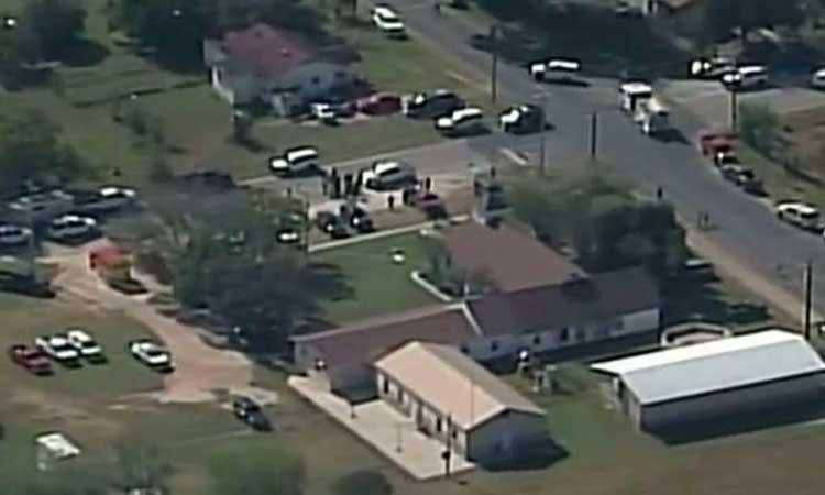 USA: au moins 20 morts dans une fusillade dans une église au Texas