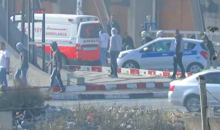 [Video] Le croissant Rouge (croix rouge musulmane), utilise leurs ambulances pour faire le jihad