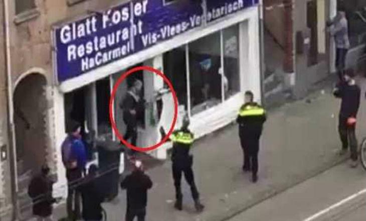 """Pays-Bas : un musulman scandant """"Allah Akbar"""" détruit la vitrine d'un restaurant cacher"""