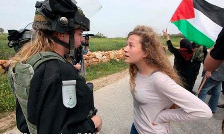 Ahed Tamimi, comédienne professionnelle de la propagande palestinienne est jugée pour agression