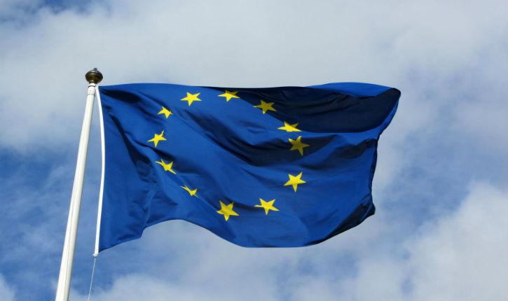 L'UE s'écroulera-t-elle sous peu pour finir en guerre civile? De nombreux Européens le pensent selon un sondage