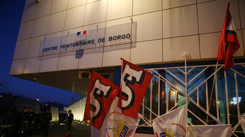 Prisons : après une nouvelle agression, les syndicats appellent au blocage total