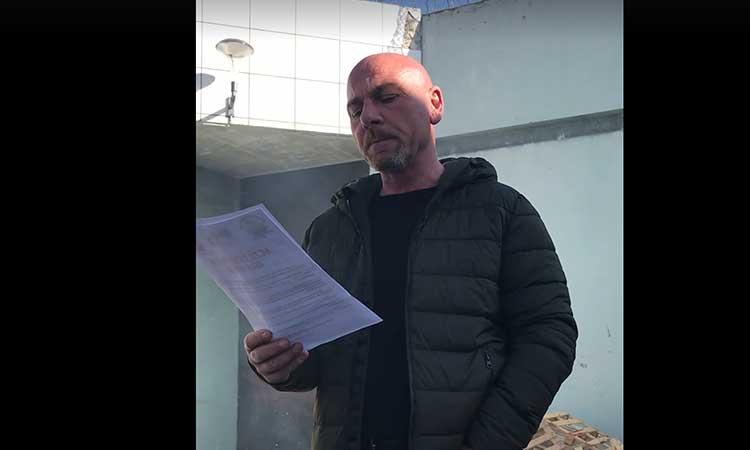 Corse: Un terroriste musulman poignarde, crie Allah Wakbar et sort un drapeau palestinien, la population sous le choc