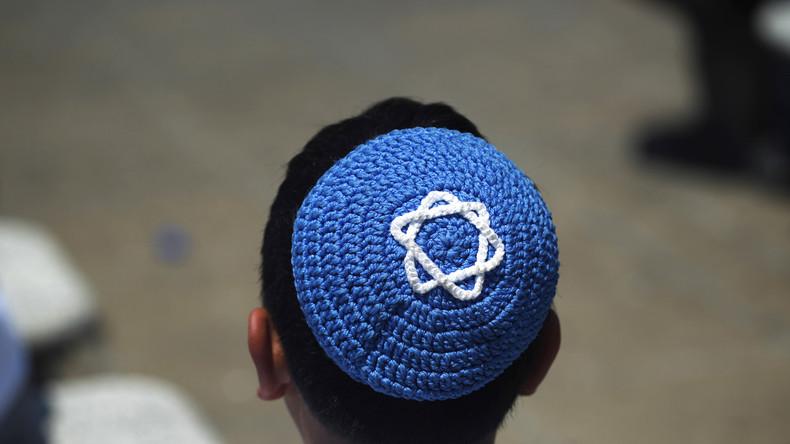 Violente agression antisémite: Des maghrébins munis de bâtons interpellés alors qu'ils frappaient un jeune garçon Juif de 14 ans