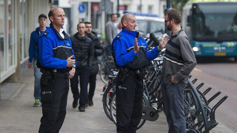 Rotterdam: les jeunes portant desvêtements de luxe qui ne semblent pas avoir les moyens de se les payer pourront se voir confisquer leurs affaires par la police