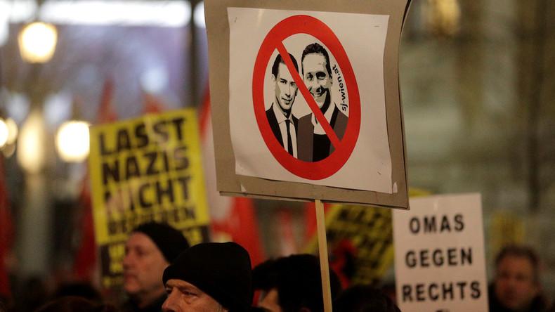 Autriche : le nouveau chancelier décide de dissoudre un groupuscule néo-nazi étudiant pour ses chants antisémites
