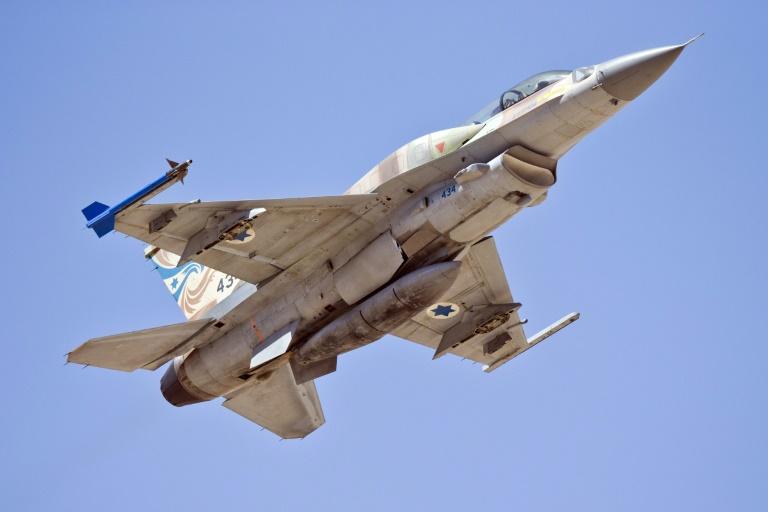 12 avions de chasse israéliens (F16 modifiés) vendus à la Croatie