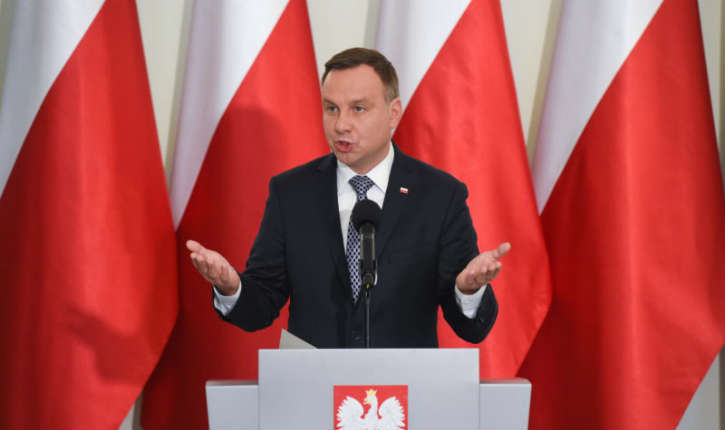 Pologne : la plus haute juridiction du pays a affirmé la primauté du droit polonais sur le droit européen. Macron dénonce une «attaque contre l'UE»