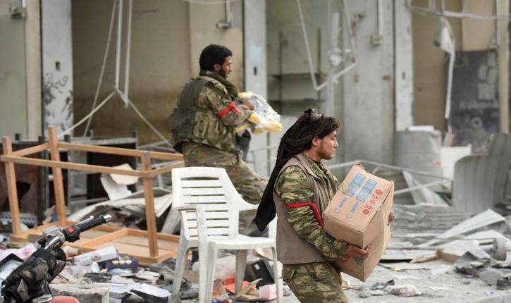 Les turcs s'emparent d'Afrin et la ville est actuellement pillée par des miliciens pro-Ankara
