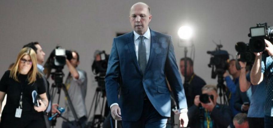 L'Australie se dit prête à accueillir des fermiers blancs persécutés en Afrique du Sud, « ils ont besoin de l'aide d'un pays civilisé » déclare le ministre australien de l'Immigration