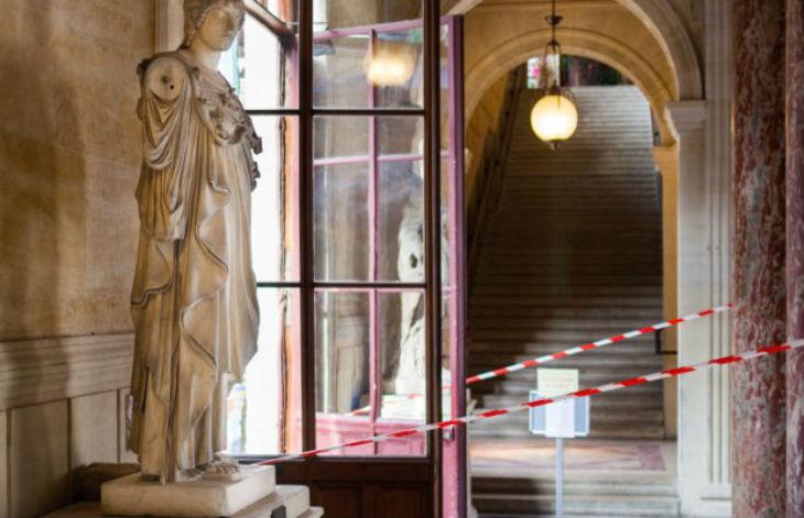 Rachida accusée de harcèlement à caractère raciste à l'école des beaux-arts de Paris