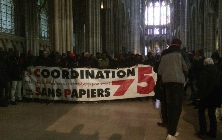 Saint-Denis (93) : des migrants clandestins et des militants d'extrême-gauche envahissent la basilique, la messe du dimanche soir annulée