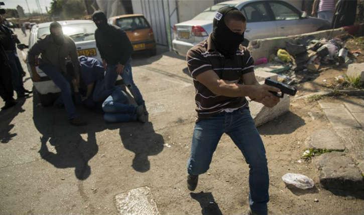 """[Vidéo] intervention d'une unité de Tsahal : les """"mista'aravim"""" interpellent un terroriste du Hamas"""