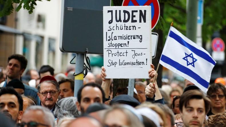Allemagne : Le gouvernement appelle la population à porter la kippa en solidarité avec les Juifs face à une manifestation contre Israël