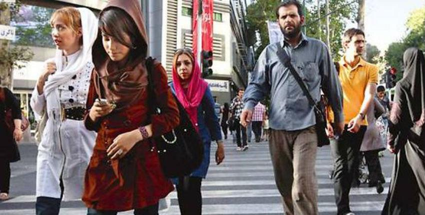 Les entreprises françaises cèdent et quittent l'Iran de peur des sanctions américaines