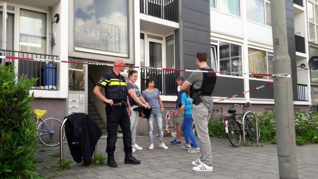 Pays-Bas: un migrant syrien se lance avec une hache contre la police, il est abattu