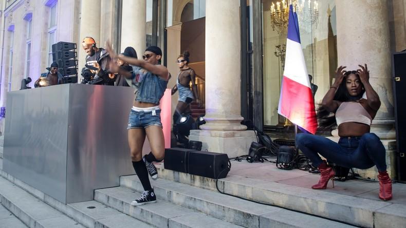 «Insulte au cœur de la France» : Philippe de Villiers révolté par la fête de la musique à l'Elysée