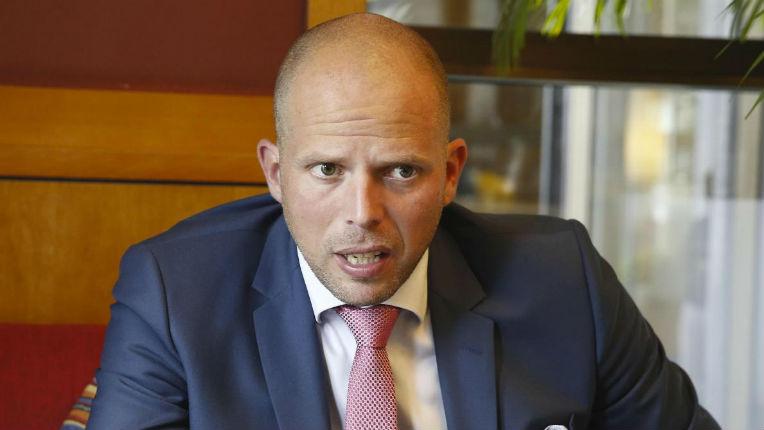 Le secrétaire d'État belge à la Migration à propos des migrants de l'Aquarius : « De quel droit entrent-ils en Europe ? »