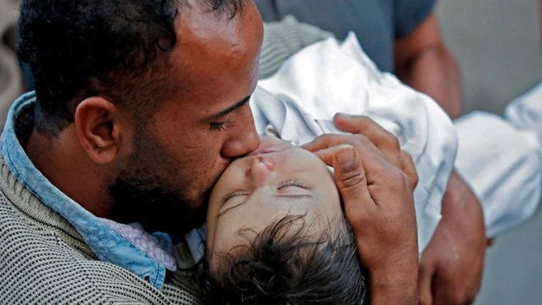 Révélations : Le Hamas a payé 8000 shekels pour que la famille mente et dise aux médias que la fillette de 8 mois était morte des gaz lacrymogènes au lieu de leucémie, avec la complicité de l'AFP