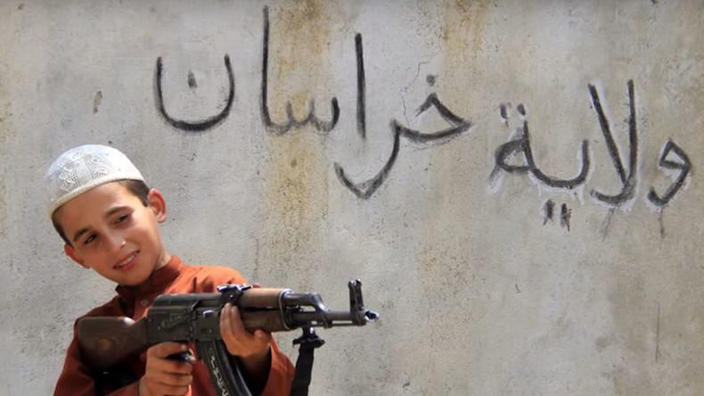 Daesh a utilisé des techniques nazies pour entraîner ses jeunes combattants