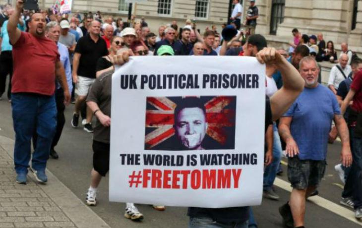 Tommy Robinson transféré dans une prison essentiellement peuplée de musulmans où sa vie sera menacée !