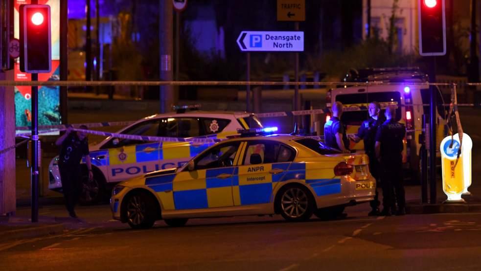 Manchester : Une voiture a foncé dans la foule. Au moins 5 blessés graves.