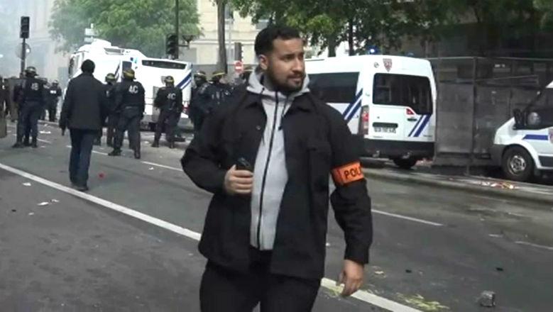 Les syndicats de policiers déballent : «Benalla faisait régner la terreur au sein du GSPR. Il allait jusqu'à l'insulte à l'égard des gradés et gardiens de la paix»