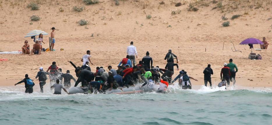 Espagne : 1 200 migrants arrivés par la mer en deux jours
