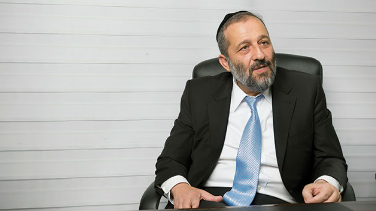 Israël, ouverture des commerces pendant shabbat: un ministre oppose son veto
