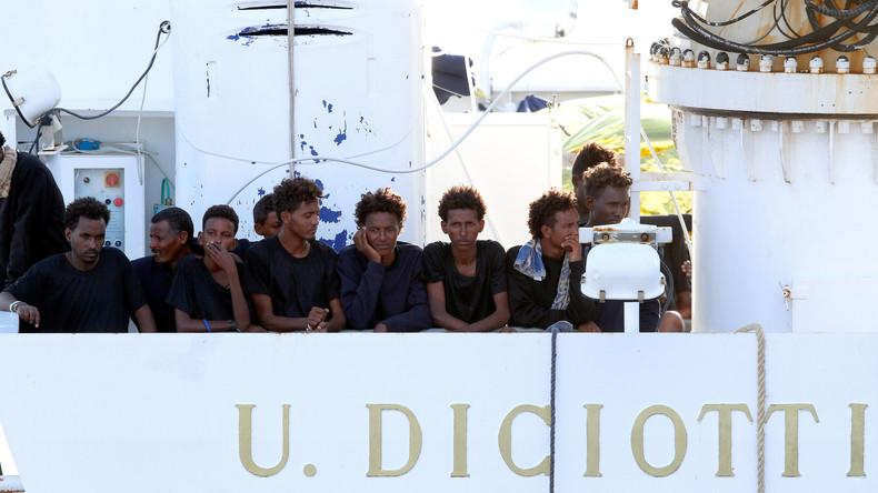 Italie : Des Juges de gauche décident de poursuivre Matteo Salvini pour avoir refusé le débarquement d'une centaine de migrants