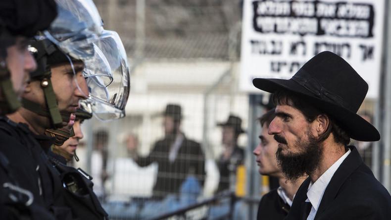 Israël : heurts entre la police et des Juifs ultra-orthodoxes opposés au service militaire (Vidéo)
