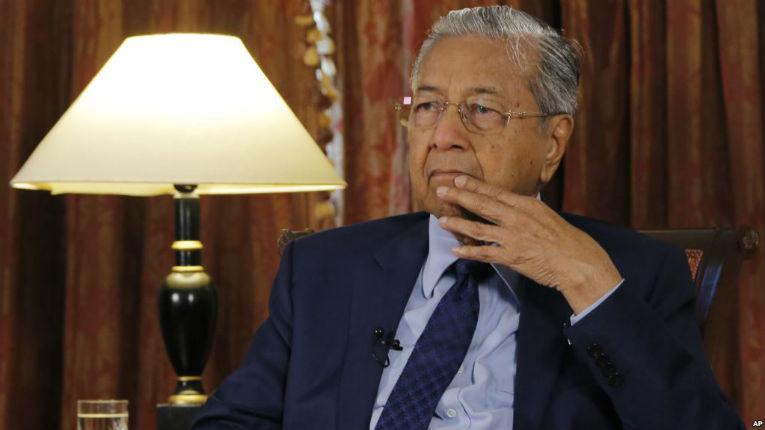Le Premier ministre malaisien Mahathir Mohamad se dit « heureux d'être qualifié d'antisémite »