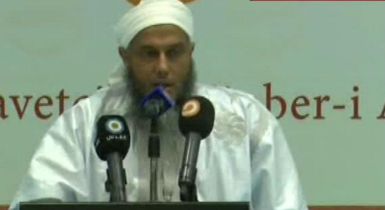 Antisémitisme : Le cheikh Ould Al-Dadou Al-Shanqiti explique « Au Jour du jugement, les musulmans tueront les juifs, ces frères des singes et des porcs » (Vidéo)