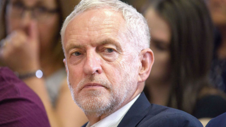 Antisémitisme au sein du Labour: Jeremy Corbyn interdit de siéger comme député travailliste