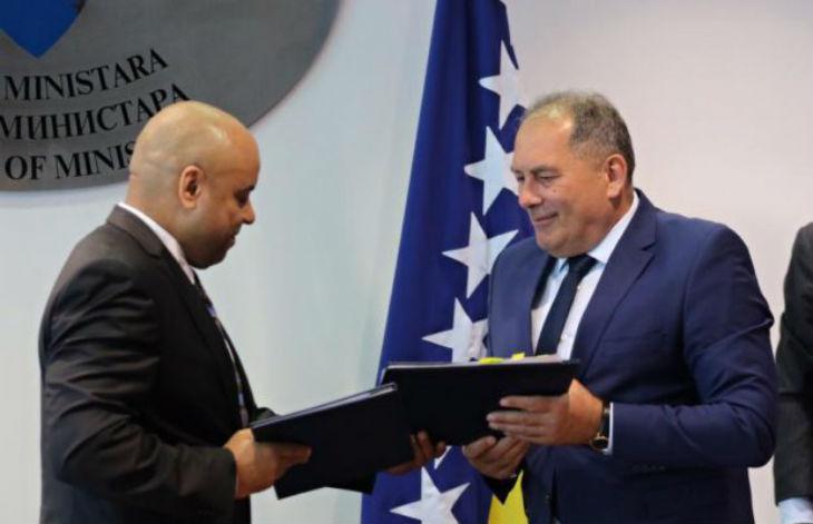 La République Tchèque fait don d'1M€ à la Bosnie-Herzégovine pour renforcer le contrôle des migrants à la frontière