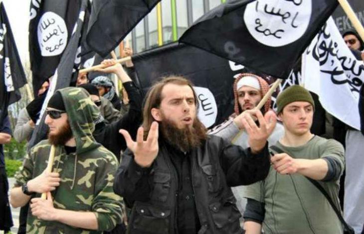 Allemagne: les Salafistes montent en puissance « Les islamistes ont réussi à radicaliser les migrants. L'image du Juif ennemi constitue un pilier central de leur propagande »