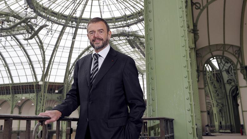 Révélations: L'ancien patron du Grand Palais aurait dilapidé 410 000 euros en taxi en cinq ans