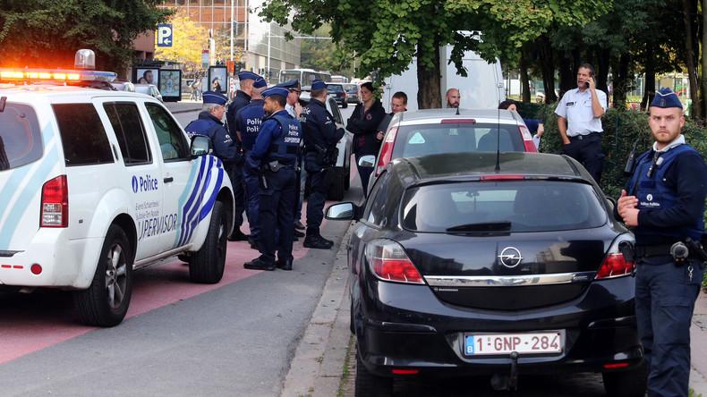 Attaque au couteau à Bruxelles, un policier blessé (Images)